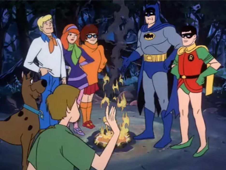 the-gang-with-batman-scooby-doo-32614971-936-705