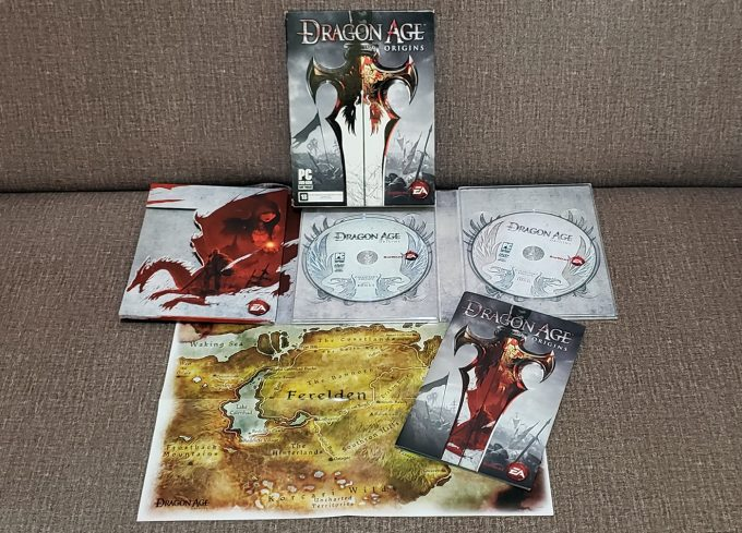 dragon age origins box / vivi werneck