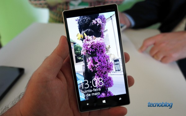 nokia-lumia-930-hands-on-abre